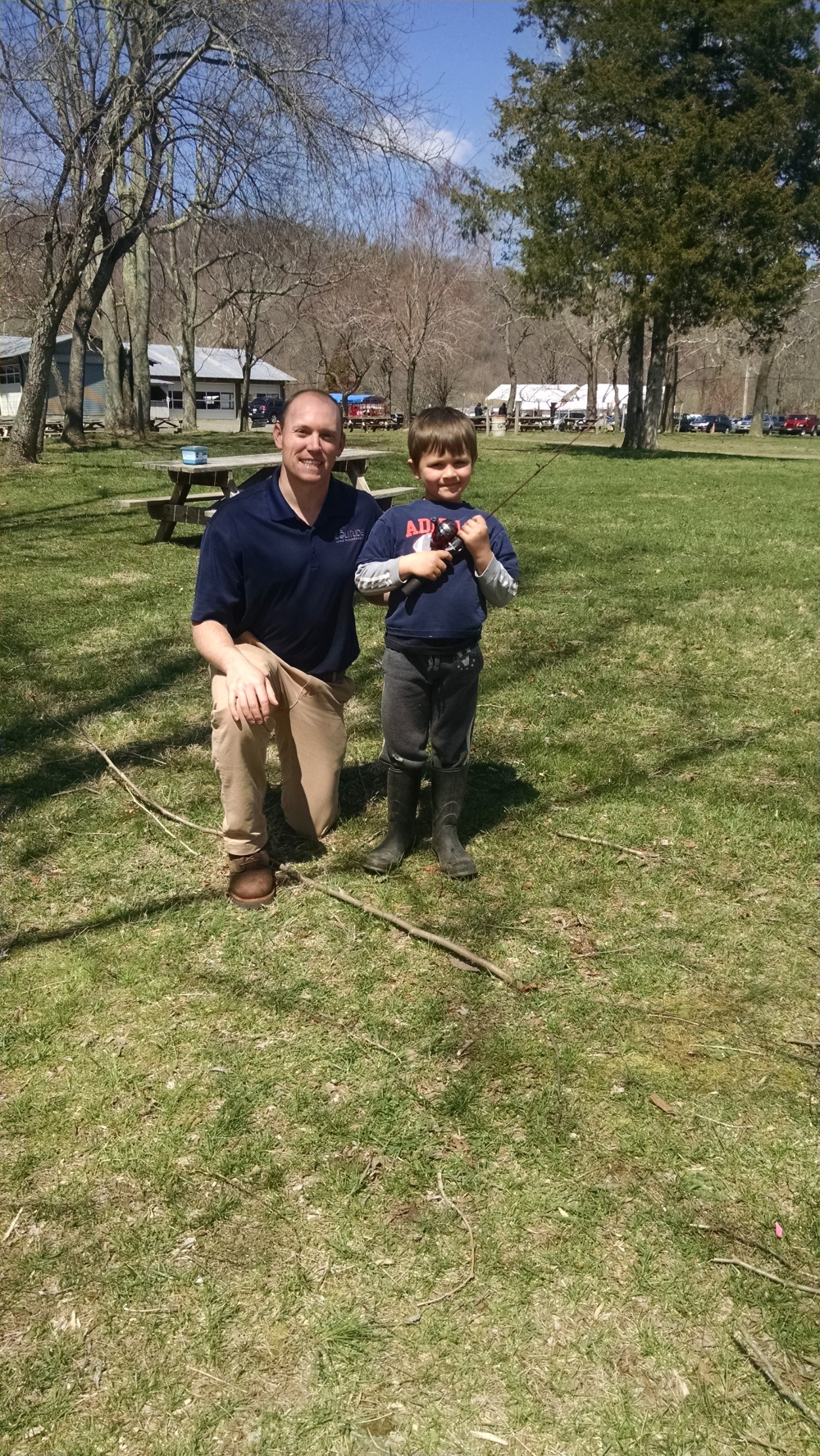 Dave & Kid w fishing rod