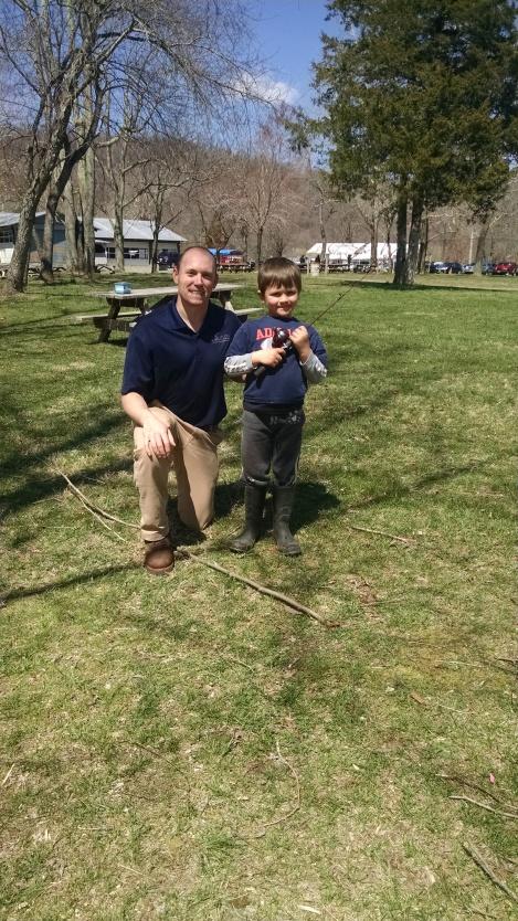 Dave & Kid w fishing rod